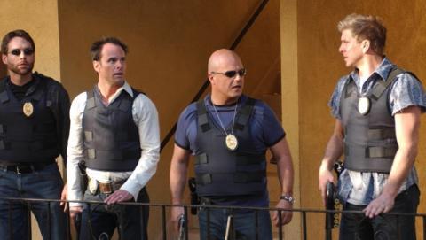 The Shield: al margen de la ley (2002)