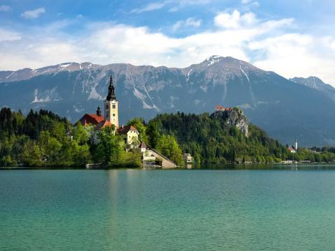 Slovenia - Level 1: Exercise normal precautions
