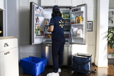 Los trabajadores de Walmart necesitarán encender las cámaras de su cuerpo para conseguir el acceso a las viviendas de los clientes.