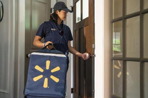 Los trabajadores de Walmart accederán a las casas de los clientes mediante un sistema de cerraduras inteligentes.
