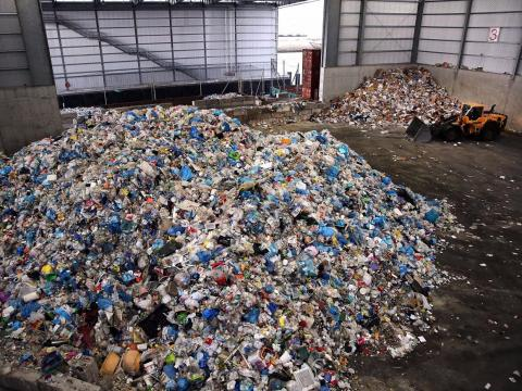 16. Recyclable material wholesalers had a 6% decline in employment between 2013 and 2018. 81.6% of workers in the industry in 2018 were men.