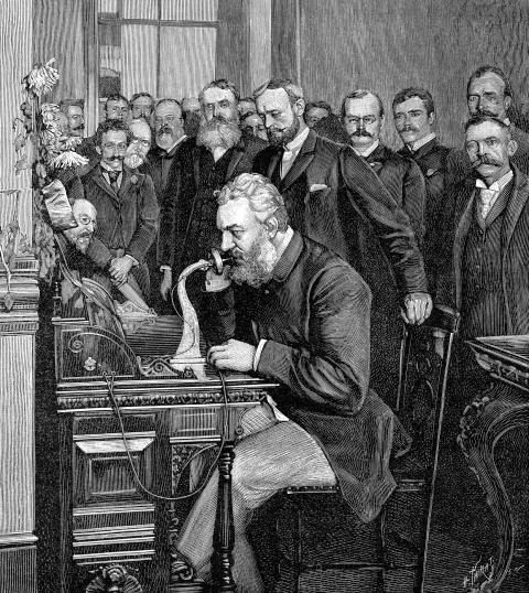 Alexander Graham Bell en la inauguración de la línea telefónica de larga distancia