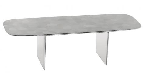 And this desk, which sold for $1.685 million.
