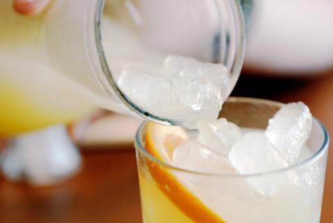 Las bebidas llenas de hielo no son tan comunes en otros lugares del mundo.