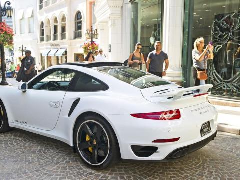 Un Porsche 911. El coche de Gates no es el de la foto.