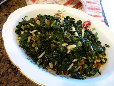 Collard greens have more calcium per serving than ricotta or canned sardines.