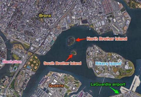 East River estaba lleno de policía seguramente por la cercanía con el correccional Rikers y para prevenir cualquier incursión a Brother Island