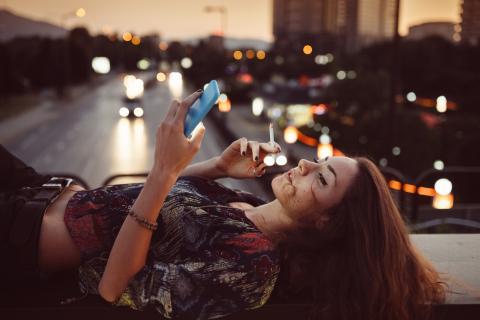 fumar de noche