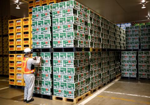 Heineken-producción-cajas
