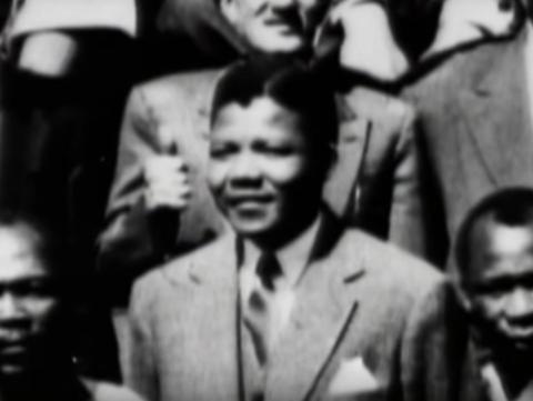 Nelson Mandela cofundó la Liga Juvenil del ANC en 1944.