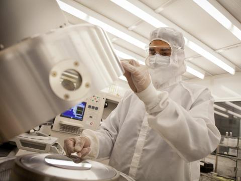 Ingeniero tecnólogo en nanotecnología