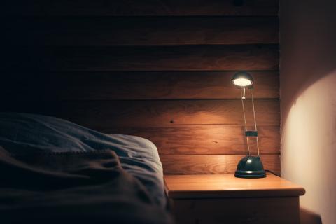 Insomnio poco luz