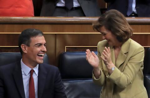 Pedro Sánchez y Carmen Calvo.
