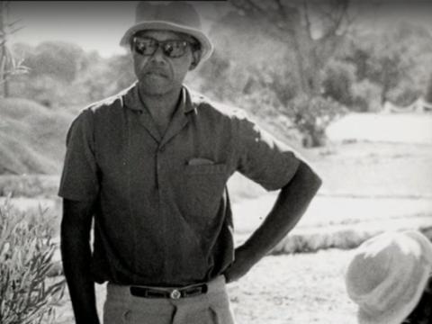 La oposición de Mandela a la política de apartheid lo llevó a su arresto y a la cadena perpetua en 1962.