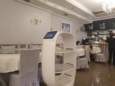 robot restaurante