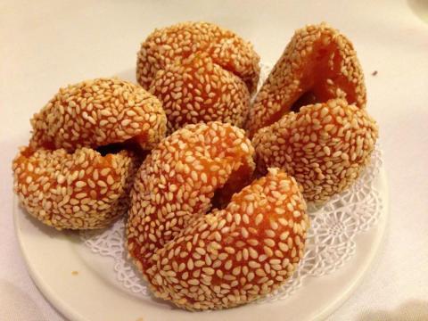 Las semillas de sésamo tienen sabor a nuez.