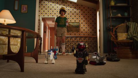 Stranger Things 3, Dustin y sus juguetes.