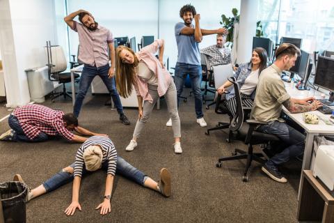 trabajadores activos y entusiastas