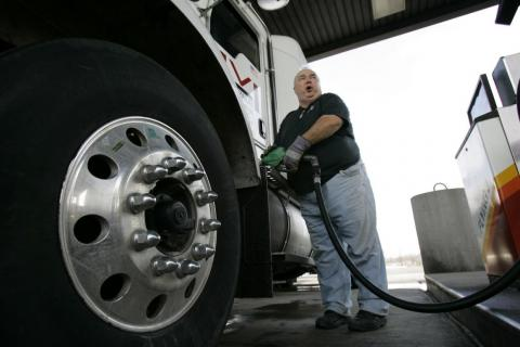 Truck drivers earn less than most Americans in terms of annual income