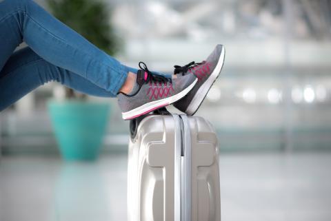 Zapatos en maleta