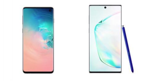El Samsung Galaxy S10, a la izquierda, y el Galaxy Note 10.