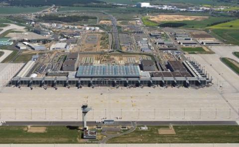 Aeropuerto de Berlín a medio construir