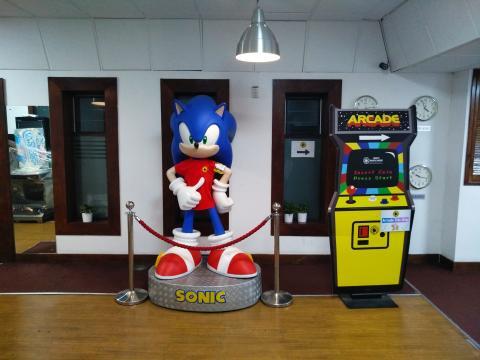 Arcade Club Sonic