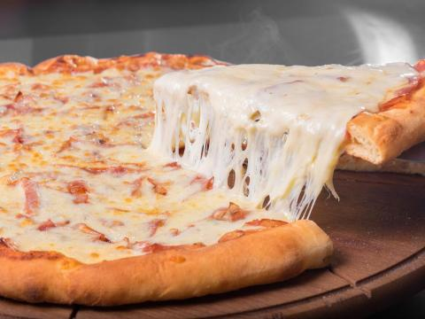 The previous record was a pizza with 111 types of cheese.