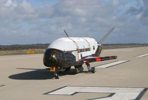 El avión X-37B.