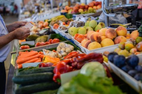 evita comer alimentos del exterior o sin empaquetar en ataque nuclear