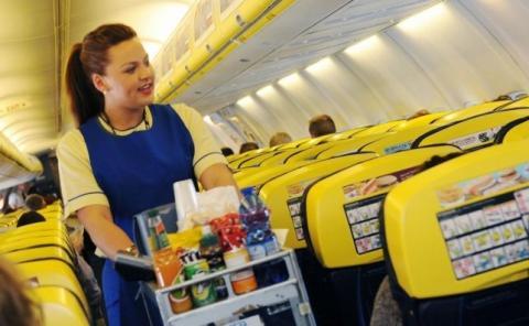 Ryanair, como otras aerolíneas, ha tenido varios problemas con pasajeros alcoholizados.