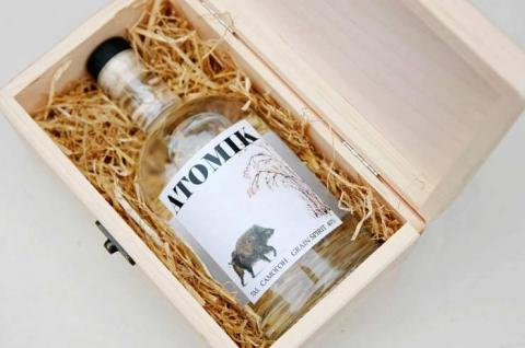 Botella de vodka elaborada con ingredientes de Chernobyl