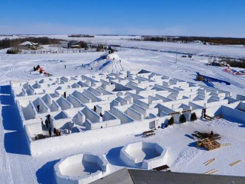 Imagine getting lost in this freezing maze.