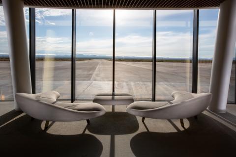 Las espectaculares vistas que se podrán disfrutar en el interior del complejo desde donde se podrá ver despegar a la aeronaves