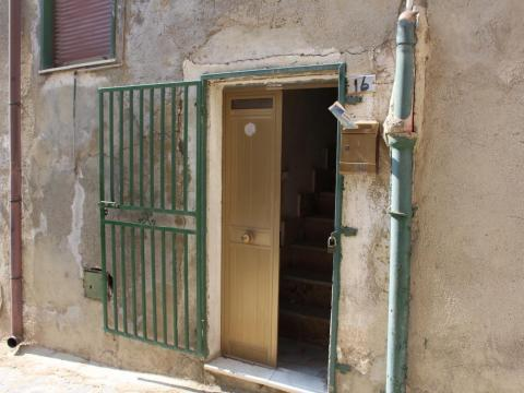 The $1 homes in Mussomeli, however, had not been cleaned out in the same way Sambuca's had, and there was a lot of abandoned, creepy furniture lying around in the homes that I visited.