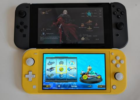 I used my own Switch for a size comparison with the Switch Lite. At first glance, the difference in screen size felt negligible.