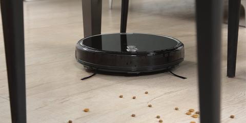 Robot aspirador ILIFE A8 limpiando el suelo