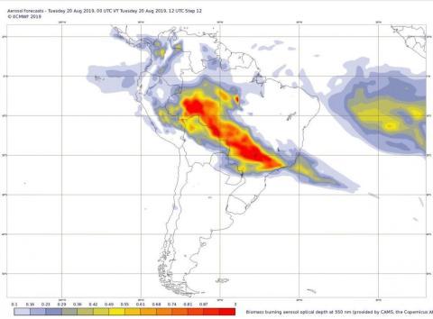 Las imágenes de los satélites de la Unión Europea muestran el humo de los incendios en la selva amazónica extendiéndose a través de Brasil y a otros países.
