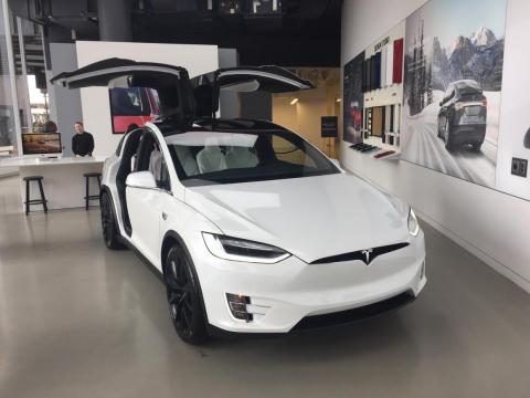 Jobs also predicted car dealerships without inventory — which Tesla does today.