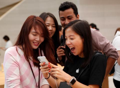 El iPhone X fue uno de los primeros móviles en superar la barrera de los 1.000 euros.