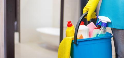 Usa un limpiador enzimático