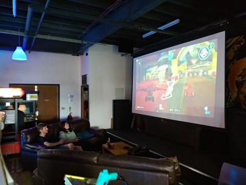 Zona de sofás Arcade Club