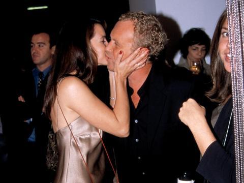 La actriz Kristin Davis (izquierda) y Michael Kors en 2000.