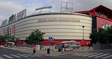 El actual estadio Sánchez-Pizjuán del Sevilla FC, donde Ramos comenzó su andadura.