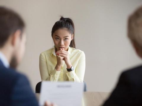 Otra candidata reveló una vez, a mitad de la entrevista, que en realidad estaba allí para conseguir un trabajo para su marido, no para ella.