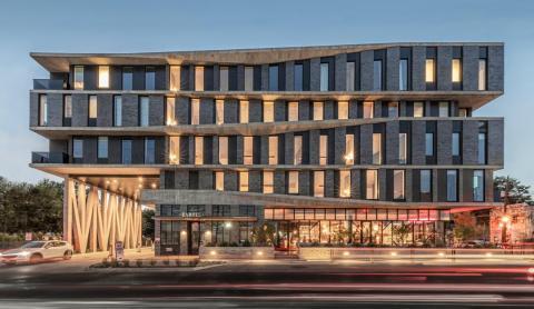 Esta elegante construcción de Pam Springs es el nuevo hotel más moderno de Austin.