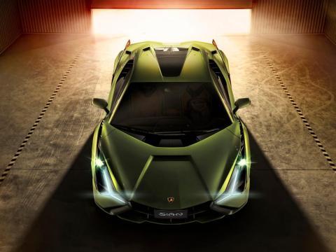 El fabricante de coches afirma que Sián tiene la relación peso/potencia más baja de todos los Lamborghinis V12.