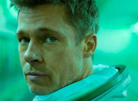 Brad Pitt como Roy McBride en Ad Astra