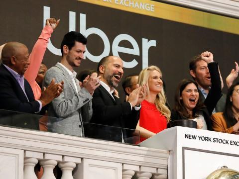El CEO de Uber, Dara Khosrowshahi, durante el debut en bolsa de su compañía