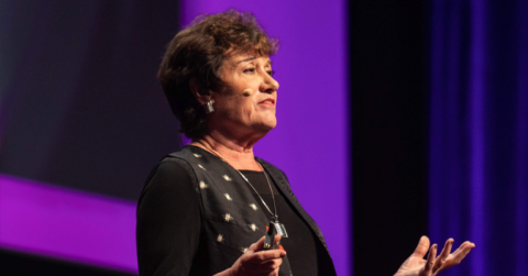 Christina Maslach, profesora experta en el síndrome del burnout